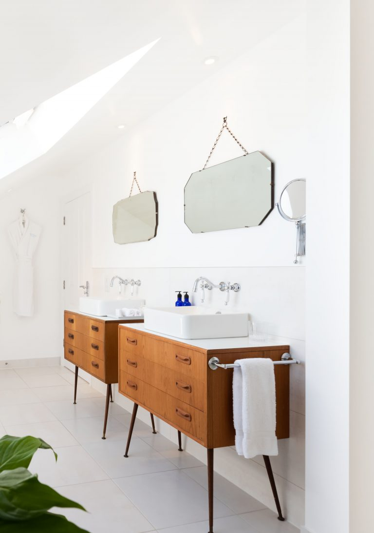 His and Hers bathroom sinks