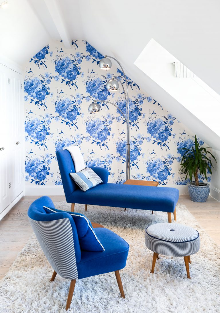 chaise in the roof